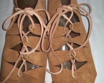 Renaissance Women Suede Leather Laced Shoes One Size Various Colors