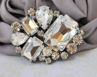 Rhinestone Brooch Pin Flat back  Embellishment - DIY Brooch Bouquet - DIY Wedding Supplies - Rhinestone Supply RD302