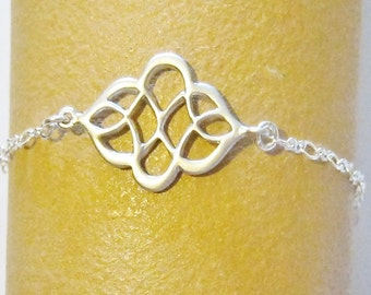 Celtic Knot Bracelet, Silver, Bridesmaid Bracelet, Celtic Jewelry, Silver Knot Bracelet, Bridesmaid Jewelry