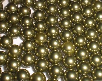 6mm Round Swarovski Light Green Pearls (5810) Package of 50