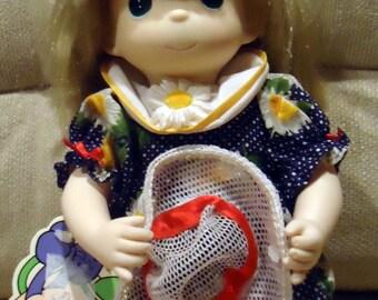 Vintage Precious Moments Doll - Sunny September #1396