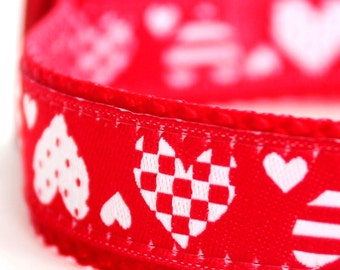 Hearts Dog Collar, Valentine's Pet Collar, Red Love Collar