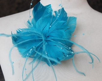 Feather flower  with clip and pin back  1 pieces listing blue   color