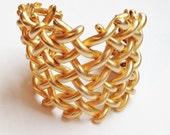 vintage bracelet / woven gold cuff / 80s bracelet / bold gold cuff