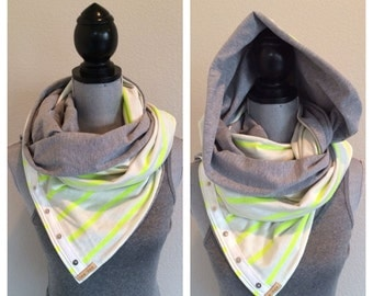 Reversible jersey snap scarf in white and neon green stripe with grey