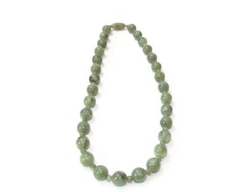 Vintage Jade Color  Bead Necklace