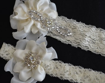 Bridal Ivory flower Petal Lace garter,Lace garter set,stretch lace garter with Fabric petals, rhinestone garter,rhinestone lace garter set