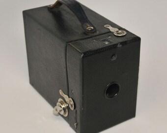 CAMERA, KODAK RAINBOW No 2, Model C Brownie Camera