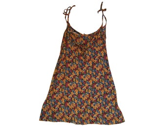 floral print spaghetti strap skater mini dress/90s grunge babydoll // sz m