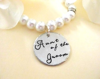 Aunt of the Groom Pearl Bracelet, Bridal Bracelet, Aunt Wedding Bracelet, Hand Stamped Bracelet