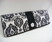 DELIGHTFUL DAMASK - Cameo Dust Cover - Cameo Cozy - Silhouette Dust Cover - Silhouette Cameo Cozy