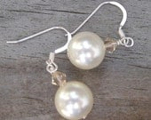 Pearl Earrings with Peach Crystals