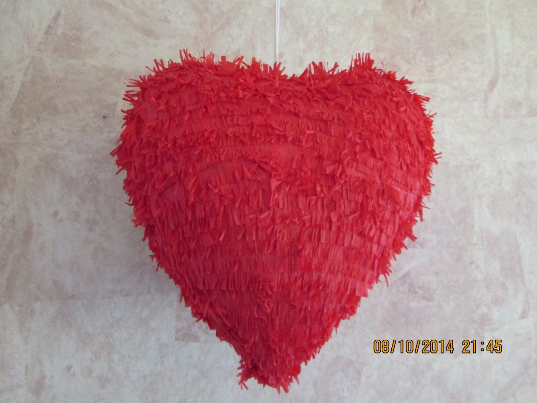 34 heart pinata wedding heart pinata valentine. Black Bedroom Furniture Sets. Home Design Ideas