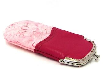 Breast Cancer Gift / Eyeglass Case in Pink  / Eyeglass Case / Leather Eyeglass Case / Pink Ribbon / Leather Case for Readers / Glasses Case