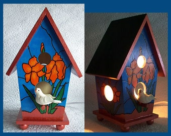 Birdhouse Night Light, Hand painted Lamp, Woodburn design, Night Lamp, Birdhouse with Dove. Table Night Lamp, Decorative,  Wood Nightlight