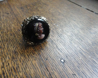 Cameo Ring, Brown on Black, Heavy and Nice