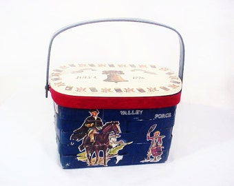 July 4th! Vintage U.S.A. 1776 America Basket Purse, July 4th, Valley Forge, Boston Tea Party, Declaration of Independence, Patriotic