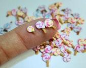 Miniature lollipops (20 pcs) for nail art/scrapbooking/tarts/cupcakes/deco den