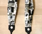 scarf camera strap - retro camera neutral