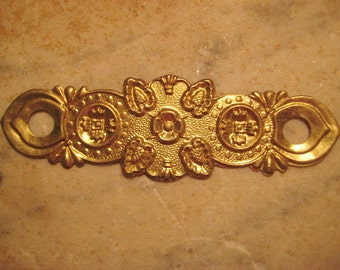 """Antique Escutcheon/Backplate, 1910s Edwardian Floral Stamped Brass Drawer/Furniture Restoration or Replacement Hardware 4 x 1.25"""", 1 pc."""