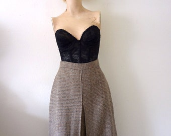 1970s A-Line Skirt vintage houndstooth check with inverted pleat - preppy fall fashion