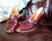 Gorgeous Authentic Vintage --ETIENNE AIGNER--Wingtip--Pump --Loafers ---8N---Sexy Librarian