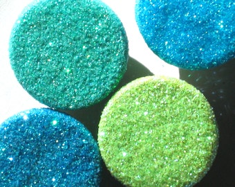 4 GLITTER MAGNETS turquoise teal green