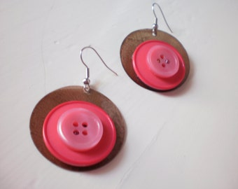 brown round earrings with vintage buttons
