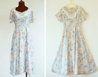 1960s French short sleeve Floral Long Princess Dress with Lace Embroidery Deco Sz S,S-M
