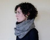 Thick Knit Infinity Scarf Geometric Pattern - Black & White