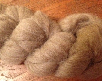 Tan Shetland Wool 2oz Spinning Fiber Felting Fiber