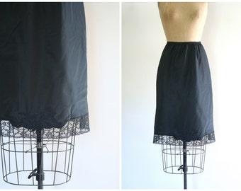 1950s Barbizon half slip - black taffeta / Floral Applique & lace / new old stock with tags