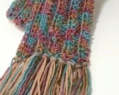BEAUTIFUL scarf for women. 100% Wool. Muted pink, mint, orchid colors. Handcrafted.