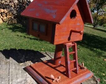 WOOD Cedar BIRDHOUSE