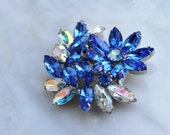 50s 60s Something Blue Floral Flower Rhinestone  Brooch Pin White