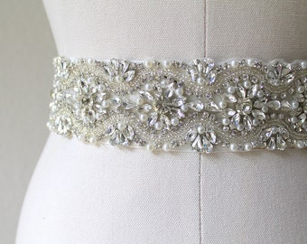 Sale 30% Off.  Elegant bridal beaded crystal & pearl sash.  Vintage style rhinestone wedding belt.  ELISA