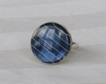 Silver Solar Panel Ring Blue Round