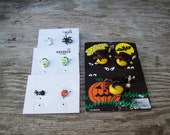 Vintage Halloween Jewelry Collection 4 Pairs Earrings and 1 Pin / Jewelry Lot