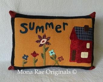 """Summer Pillow 15"""" x 20"""" - House, Flower Applique, Quilted Original Design"""