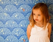 Sarah Jane Tree Lights WALLPAPER -Removable, Re-usable, FABRIC, Eco-Friendly, Non-Toxic. Easy Application. No Mess. No Glue Pop & Lolli