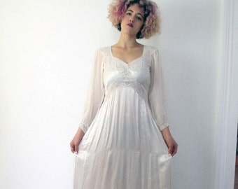 Vintage 40's Satin and Lace Nightgown Negligee
