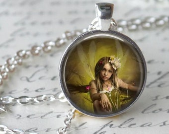 Green Woodland Fairy Necklace - Fairy Charm - Free Chain or Keyring (104)