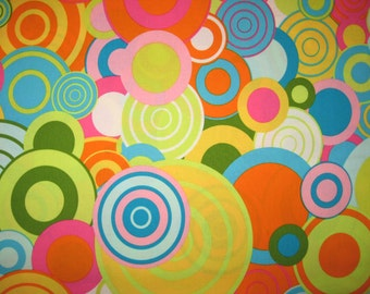 "Robert Kaufman Another Iota bright circles 1 yard 28"" X 44"""