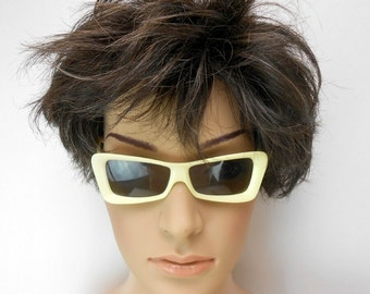 Vintage Nilsol sunglasses rectangular frame modified cateye sunglasses ivory sunglasses cream sunglasses 1960 mod sunglasses