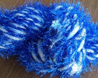 Art Yarn, Handspun Art Yarn, Let It Snow,108 yds, 8.6 oz., 243g, Super Chunky, 4wpi