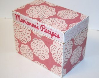 Recipe Box, Pink and White Recipe Box, 4x6 Recipe Box, Lace Doily Recipe Box, Handmade 4 x 6 Wood Box, Keepsake Box, Wedding Guest Book Box
