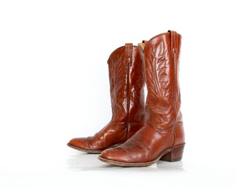 Vintage Dan Post Cowboy Boots in Chestnut Brown Womens 8