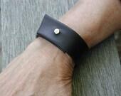 Men's Leather Cuff Bracelet - Black leather - Unisex Leather Cuff