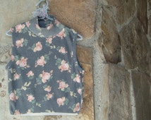 90's MOCK NECK CROP top dusty rose roses vintage floral sleeveless turtleneck high neck shirt knit M