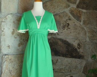 70's FLUTTER SLEEVE DRESS vintage lime green lace trim empire tie back midi dress S M